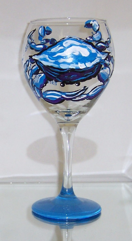 Blue and Purple Crab on 20 Ounce Balloon Wine Glass